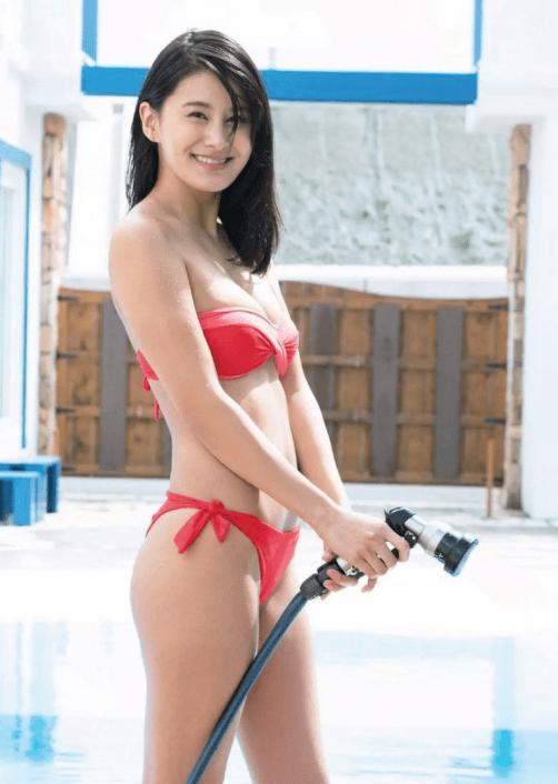 松野未佳 水着