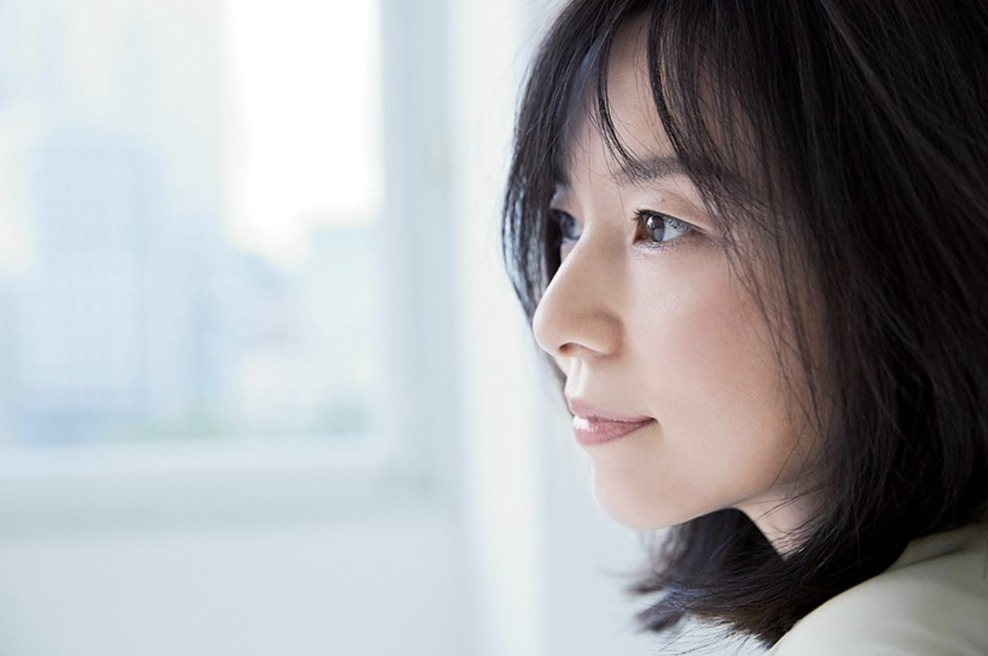 山口智子 生い立ち 複雑