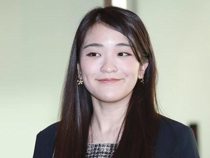 眞子さま 博物館 年収
