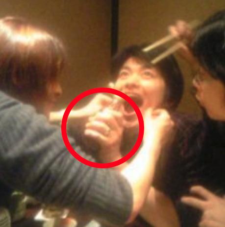 下野紘 結婚指輪 結婚している