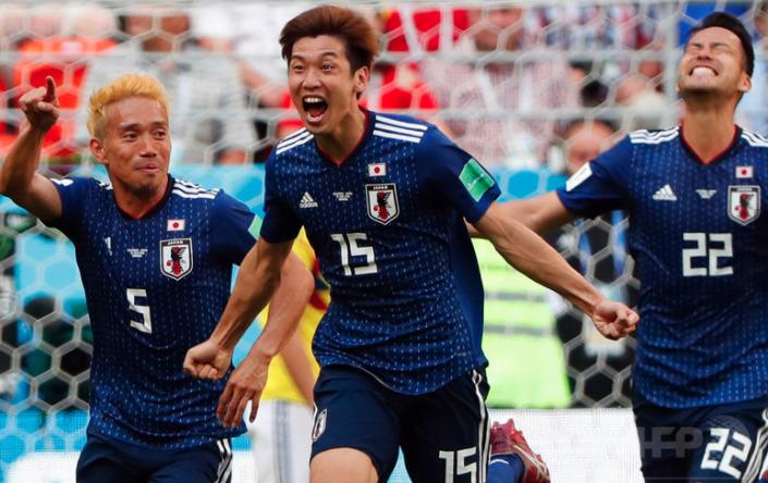 中条あやみ 登坂広臣 サッカーワールドカップ 日本対コロンビア