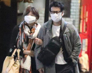唐沢寿明 山口智子 仮面夫婦